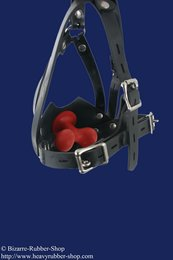 Rubber muzzle with chinstrap and inflatable butterfly gag