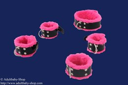 Bondage set, collar 5,5cm, hand- and ankle cuffs w. art fur pink