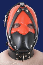 Rubber muzzle with collar and inflatable gag